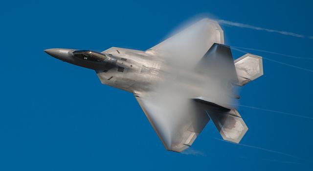 F-22_640